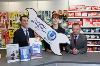 WORLD PLUMBING DAY SEES PLUMB CENTER SIGN UP TO SUPPORT 2016 PLUMBER OF THE YEAR COMPETITION